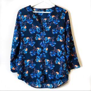 41Hawthorn Blue Floral Tab Sleeve V-Neck Blouse